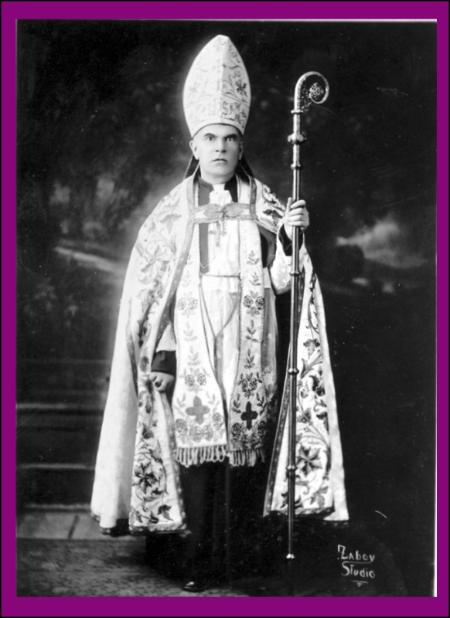 Bp-Hodur-Consecration.jpg