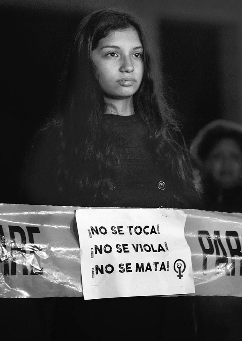 """Marcha """"Ni una menos"""", ayer, en el Centro de Montevideo. Foto: Pablo Vignali"""