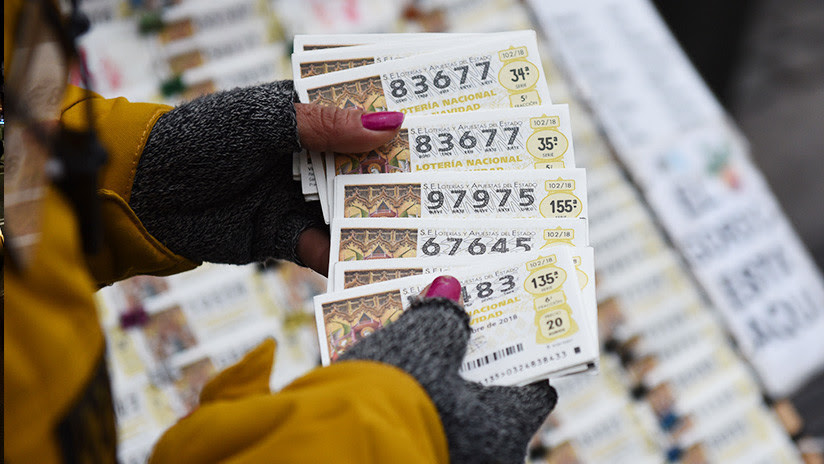 Gana el Gordo de la lotería de Navidad de España y fallece un día después de cobrar el premio