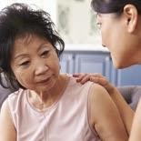 senior woman alzheimers dementia