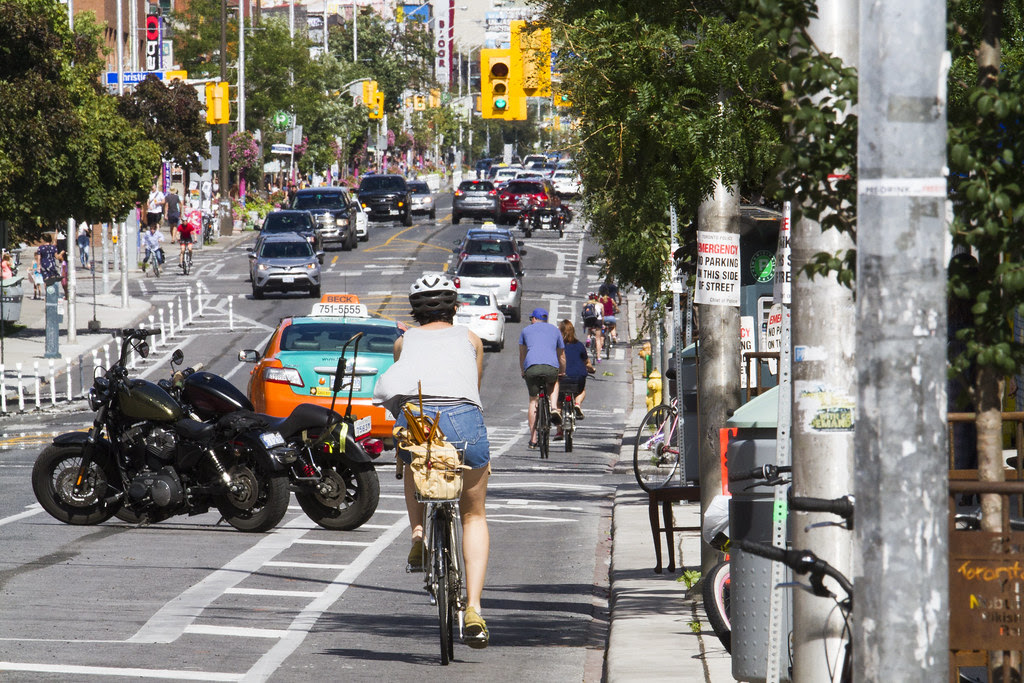 PHOTO OF THE DAY: Bloor Street bike lane from Shaw