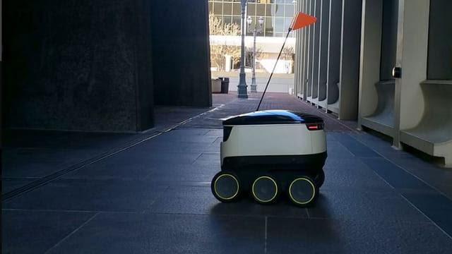 Llegan los primeros robots repartidores