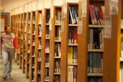 Μπλόκο στην αναγνώριση πτυχίων Νομικής με διετή φοίτηση