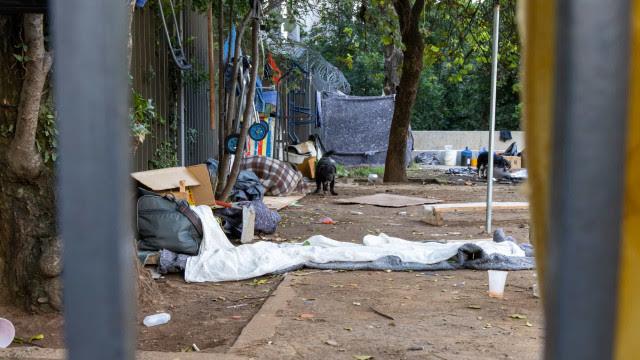 Quatro morrem na madrugada gelada da capital paulista, afirmam movimentos