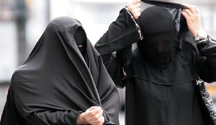 "Algeria: MP calls burqa ban in public sector ""a declared war on Islam"""