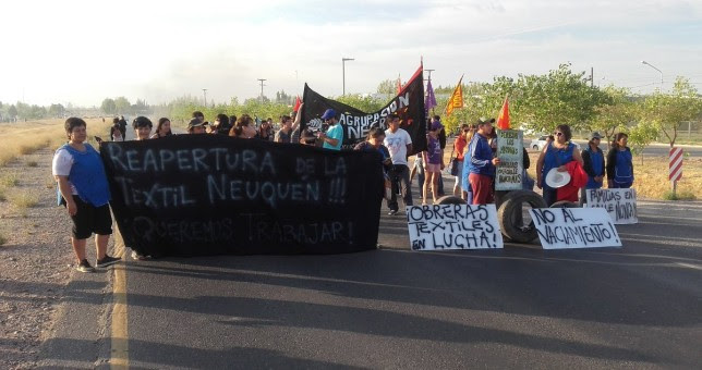 Corte de ruta contra los despidos de Textil Neuquén