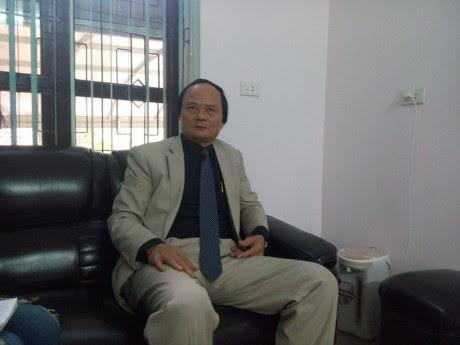 Ông Lê Bá Thiềm-Trưởng phòng Giáo dục-đào tạo thị xã Hồng Lĩnh, người biến những giáo viên thành...tiếp viên. Ảnh: đời sống và Pháp luật