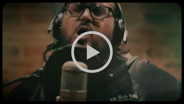 El Viejo Puber - Saber es Escuchar ( Participación Piti Fernández ) Video Clip Oficial