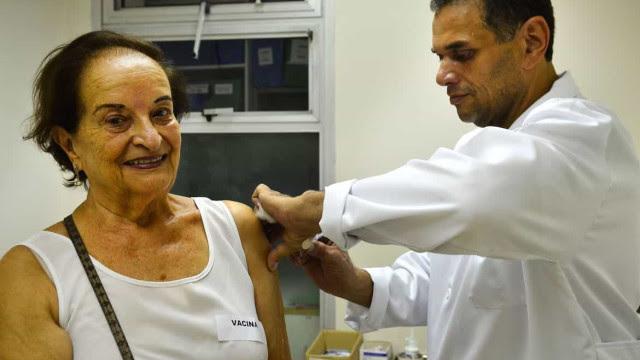 Mais de 5 milhões de brasileiros receberam 1ª dose da vacina contra Covid-19