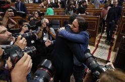 Fractura y desmovilización en la izquierda mientras la derecha sella alianzas ahora contra Sánchez