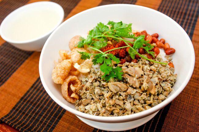 http://media.foody.vn/images/com-hen.jpg