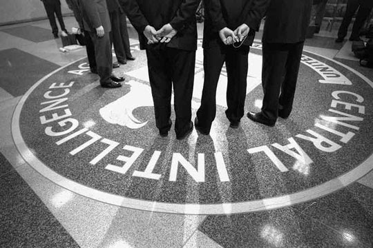Huge Propaganda Program Reveals that CIA Agents Troll Alternative Media Sites