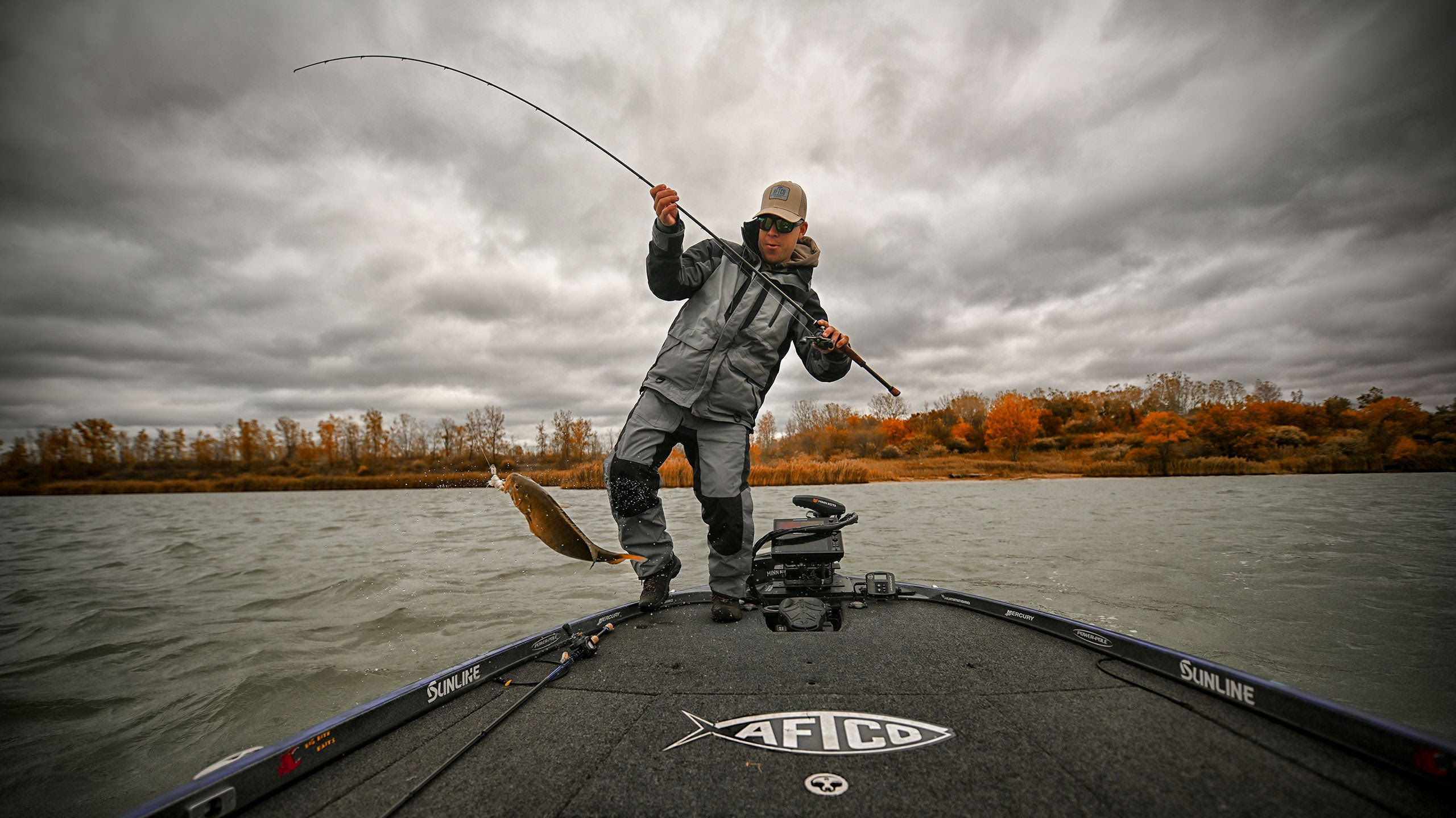 AFTCO Pro Garrett Paquette fishing in his AFTCO Hydronaut Waterproof Jacket and Bibs