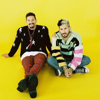 MAU Y RICKY reinventan el pop urbano latino con su nuevo álbum rifresh