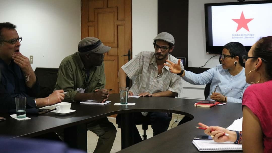 From left to right: Vijay Prashad, Fred M'membe, Diego Sequera, and Erika Farías. Photographer: Yeimi Salinas.