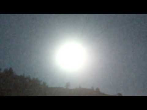 UFO Lights Over Mans House (UFO Hovers Over Mans House Causing His Lights and Phone to Stop Working)  Hqdefault