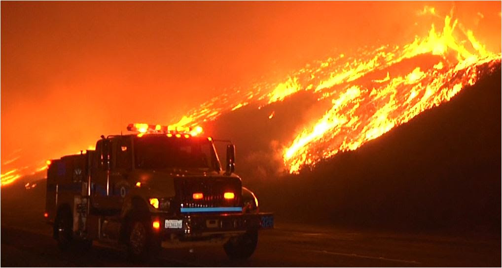 Apocalyptic Fires in SoCal, Winds Shift Toward Santa Barbara -Video