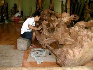 Wood Statue Kemenuh