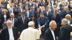 """Le pape et Hidalgo partagent de """"bonnes ondes""""."""