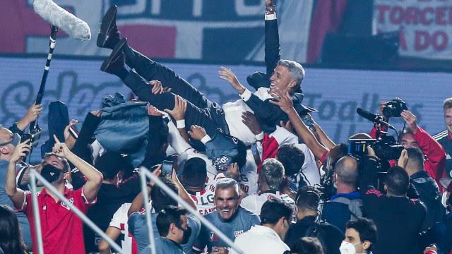 'Espero que seja o primeiro de muitos títulos', diz técnico Crespo
