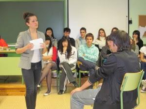 http://www.iespedrodeluna.es/wp-content/uploads/Econocmia__JUEGO-ROL_IES_Pedro_de_Luna_media-1-300x225.jpg