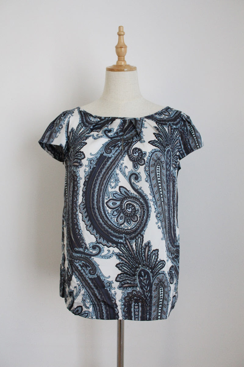 PRINGLE OF SCOTLAND PAISLEY PRINT BLOUSE - SIZE 8