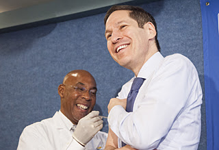 Dr. Frieden getting his 2015 Flu Shot