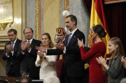 ANÁLISIS   La memoria histórica, las víctimas de la crisis, la amenaza de la extrema derecha y otras ausencias del discurso de Felipe VI sobre la Constitución