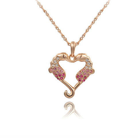 SEAHORSE LOVE HEART PENDANT -.