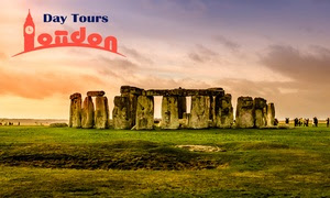 Stonehenge and Bath Coach Tour