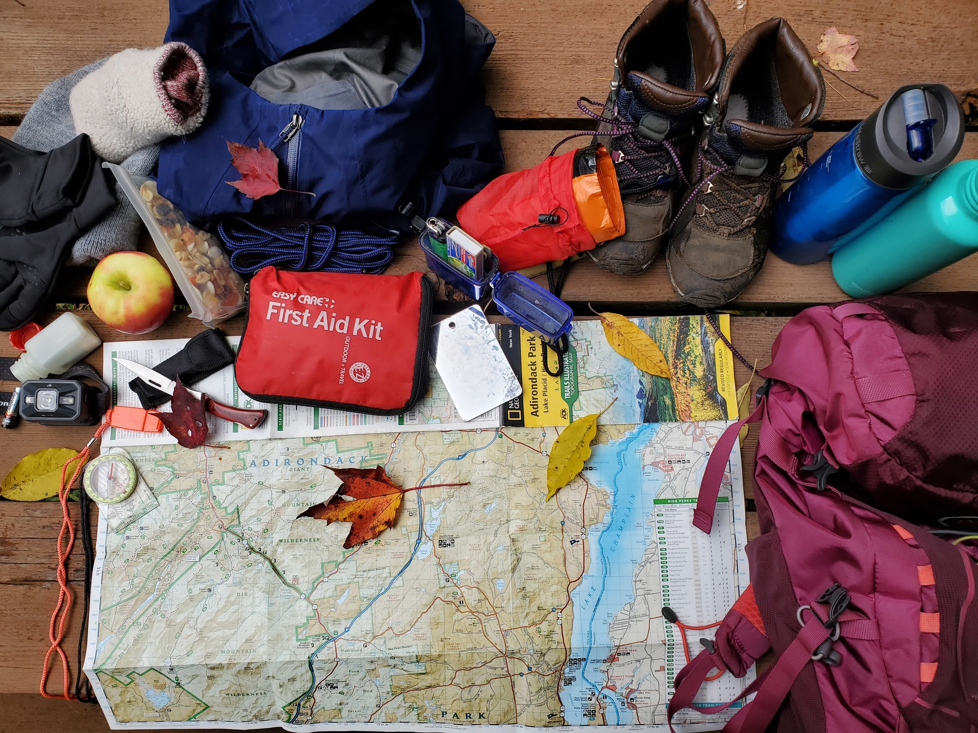 10 essential items for fall hike