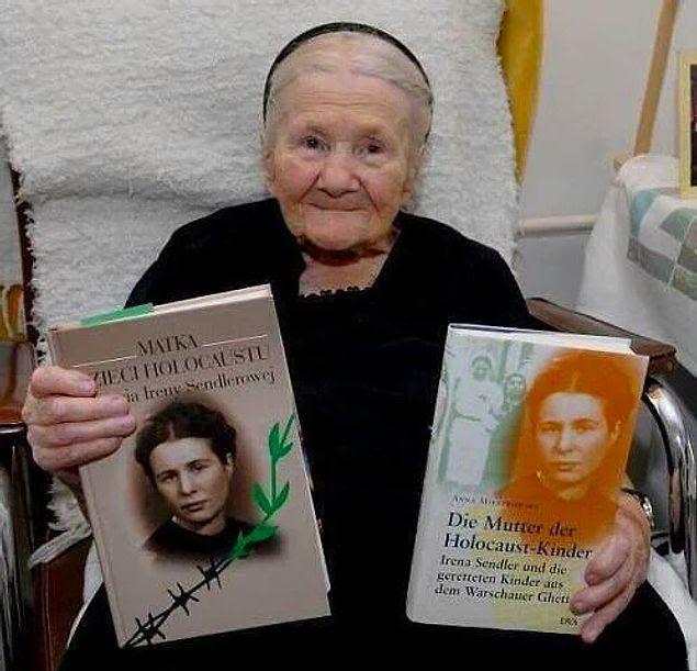 Ирина Сандлер — Герой невидимого фронта, которая,                   работая в Варшавском гетто в качестве сантехника и                   сварщика, вынесла в сумке и тем самым спасла более                   2500 детей.