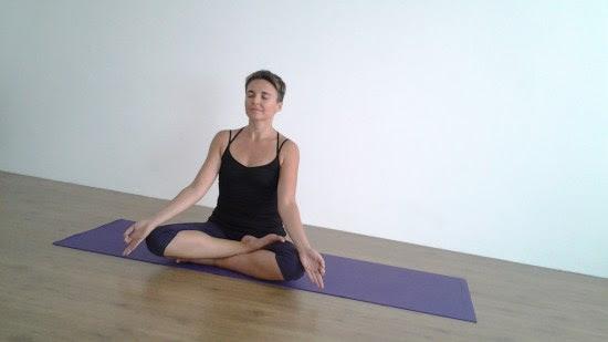 lezioni-yoga-online-casa-yoga-@-home-libertas-coni-cnsl-liguria-sport-essere-benessere-salute-alassio-free-gratuito-insegno-lucia-ragazzi-pizzorno