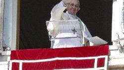 Papa Francisco, Ángelus