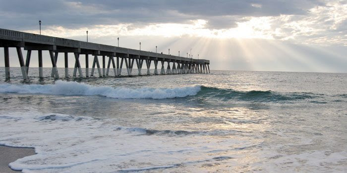 Johnnie Mercers Fishing Pier, Wrightsville Beach, North Carolina, Wilmington Real Estate