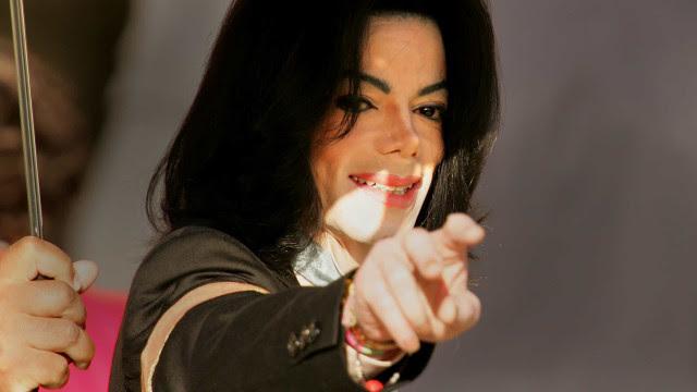 Filhos de Michael Jackson pedem R$ 500 milhões em processo contra HBO, diz site