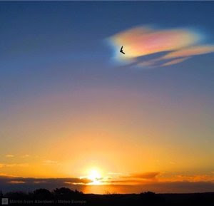 polar_stratospheric_clouds_UK_.jpg
