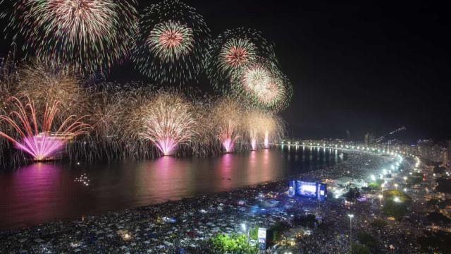 Eduardo Paes diz que Rio terá Réveillon e carnaval em 2022